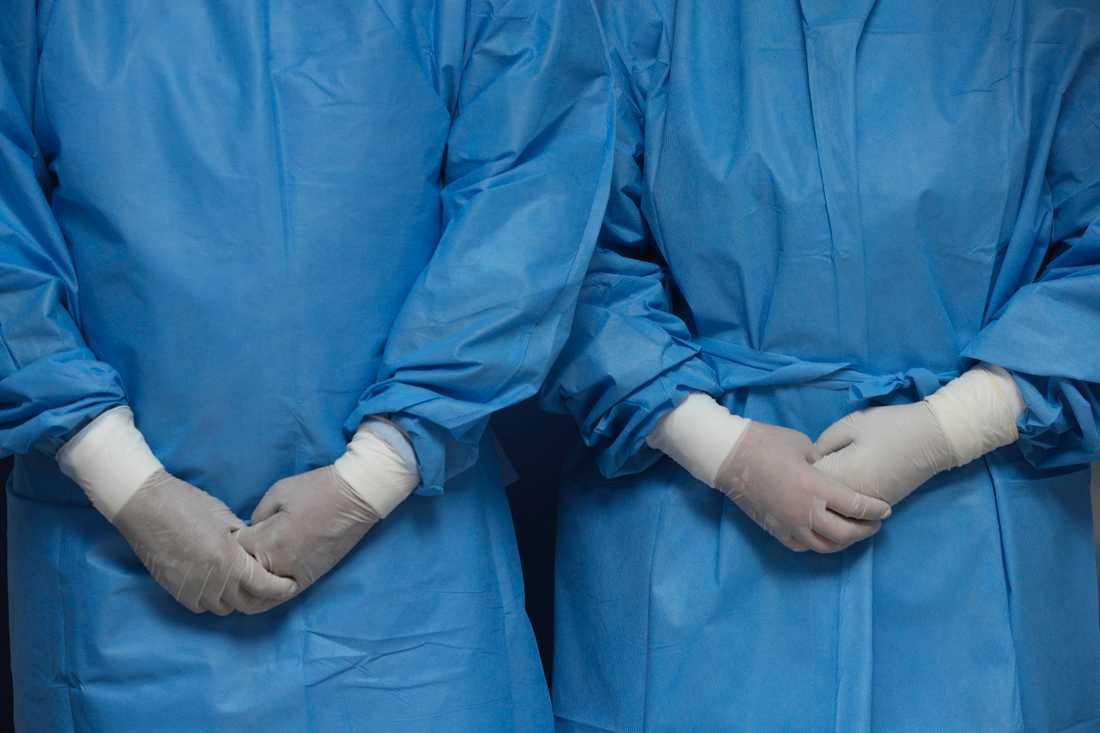 Sjukvården kan komma att ställas inför fruktansvärda beslut till följd av coronaviruset.