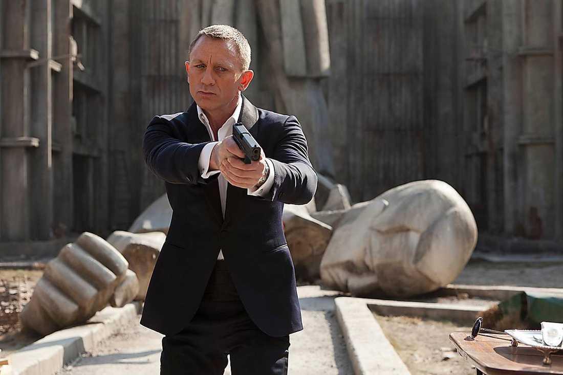 Daniel Craig i James Bond.