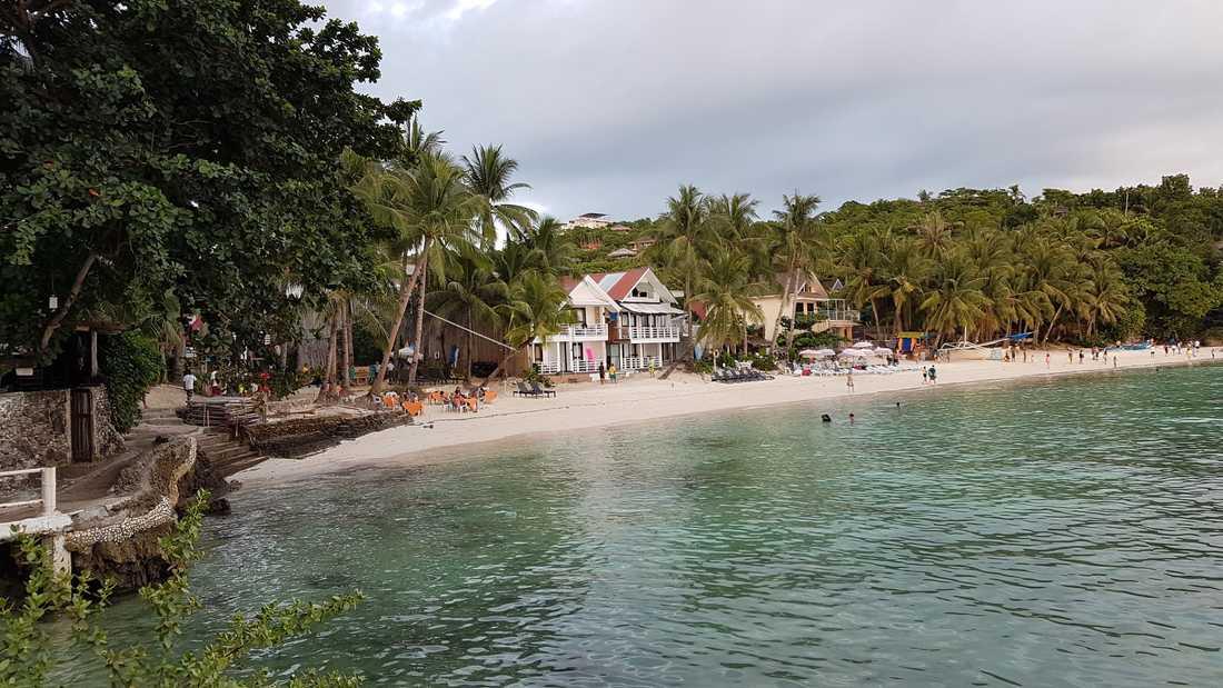 Boracay är en av turisternas favoritpats, här Diniwid Beach.