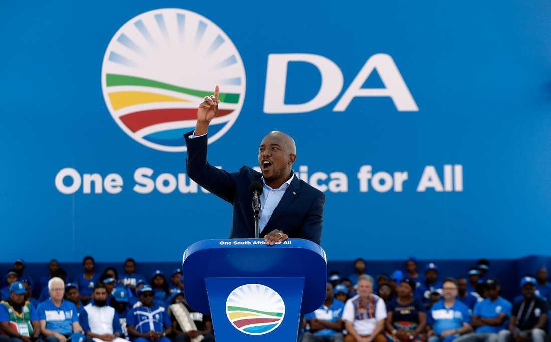 DA-ledaren Mmusi Maimane vid ett valmöte i Soweto.