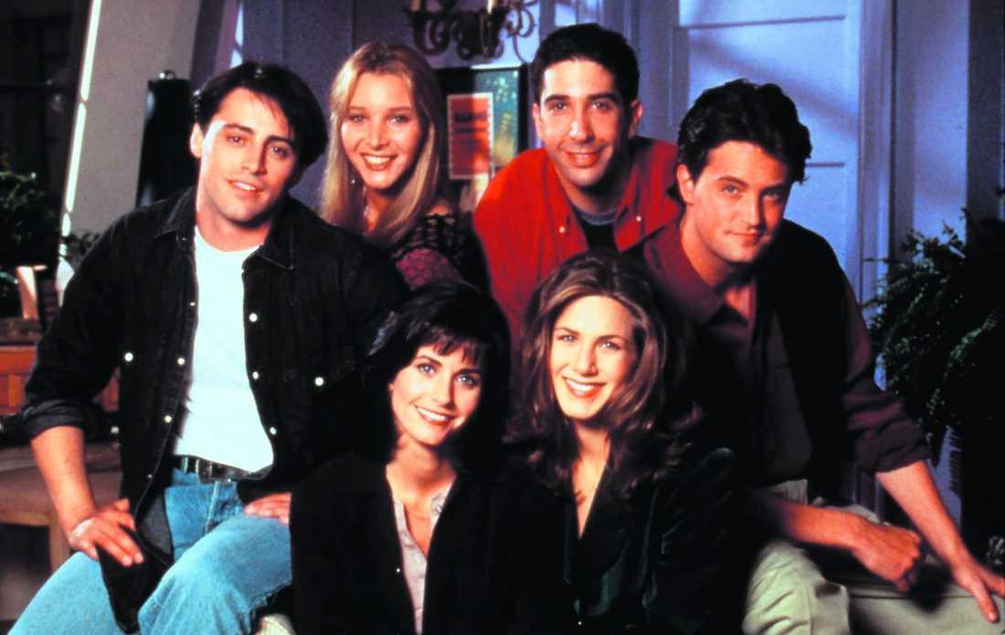 """HADE 30 MILJONER TITTARE """"Vänner""""-gänget 1996. Matt Leblanc, Lisa Kudrow, Courteney Cox, David Schwimmer, Jennifer Aniston och Matthew Perry."""