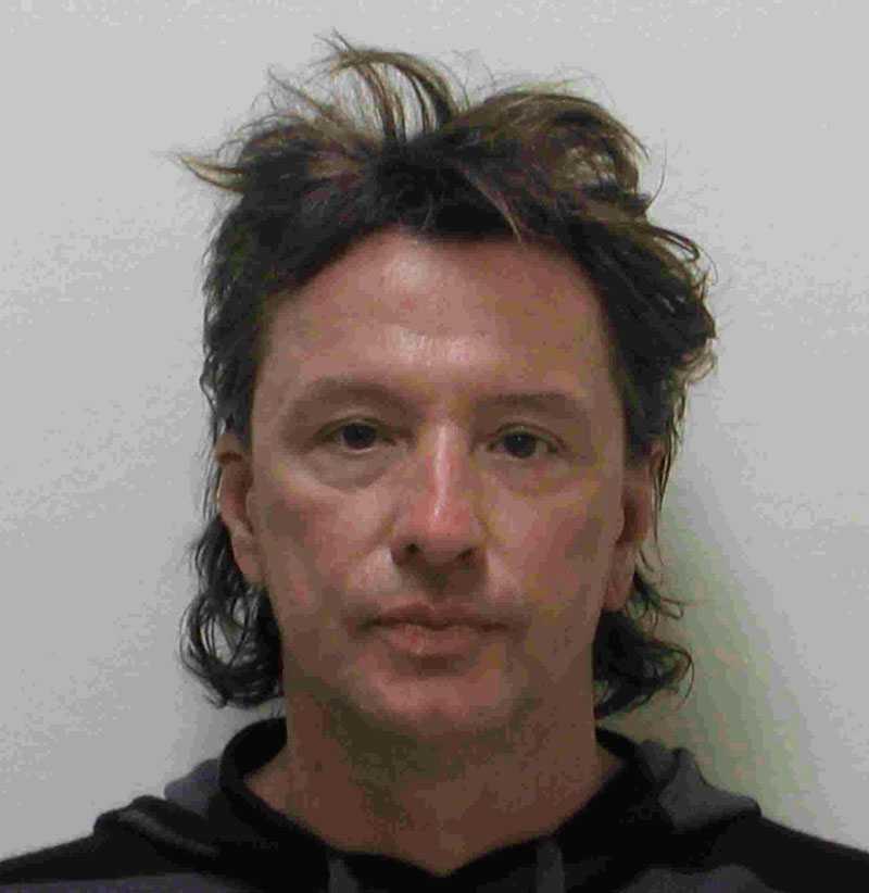 Gitarristen Richie Sambora greps misstänkt för att ha kört bil påverkad. Bilden togs i mars 2008 och i bilen ska även ett barn ha funnits.