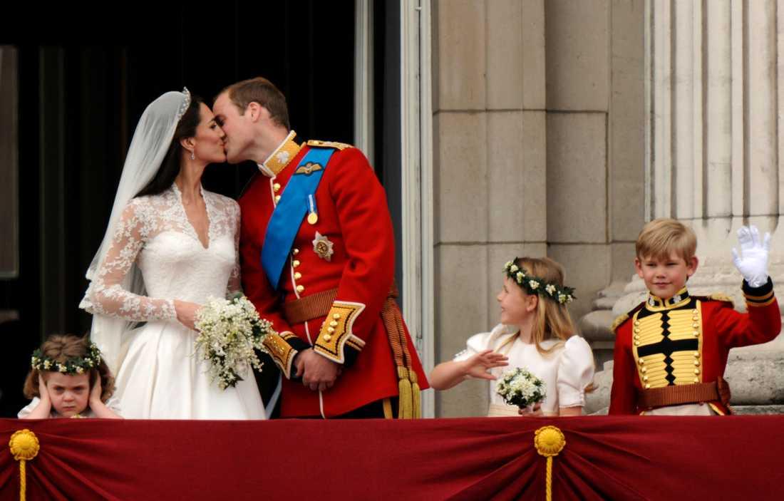Prins William och Kate. Bröllopskyssen 29 april 2011.