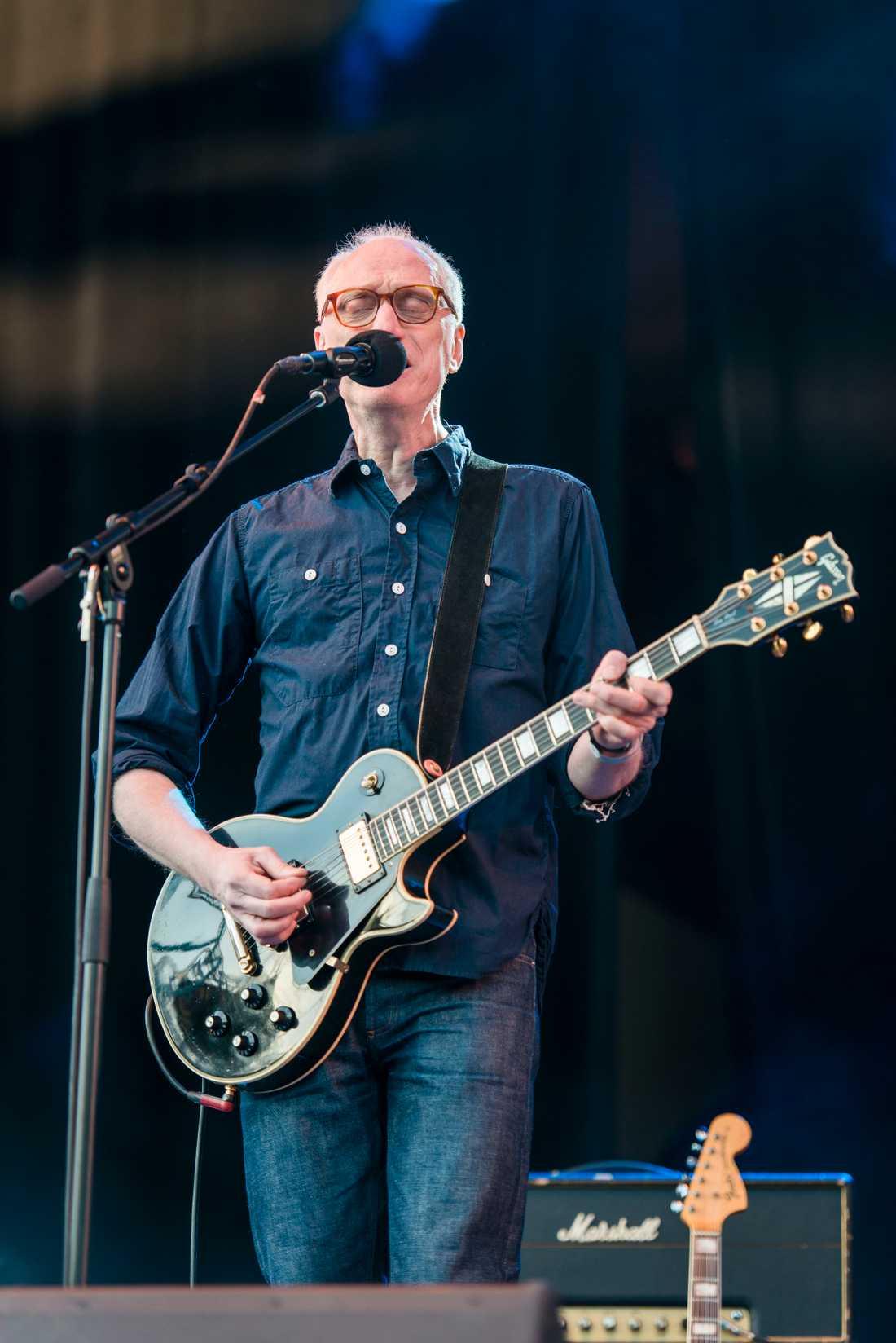 Andreas Mattsson, sångare och gitarrist i Popsicle.