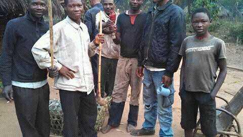 Soldater från milisen Kamwina Nsapu