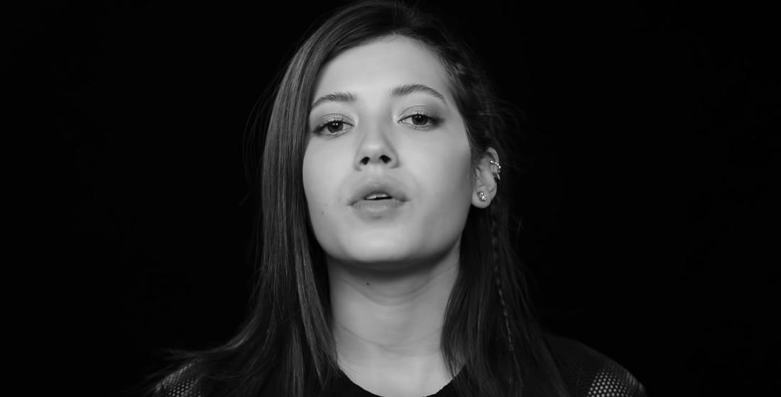 "Andrea Kallström i musikvideon till Lennix ""Always On My Mind""."