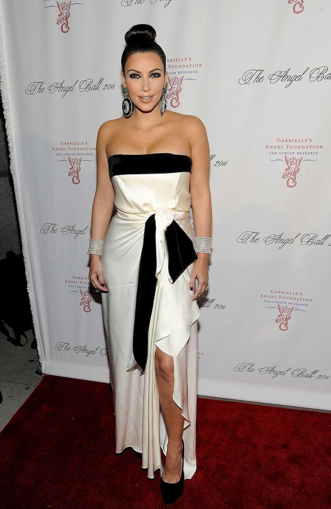 Kim Kardashian sågs också på galan tillsammans med prinsessan Madeleine.