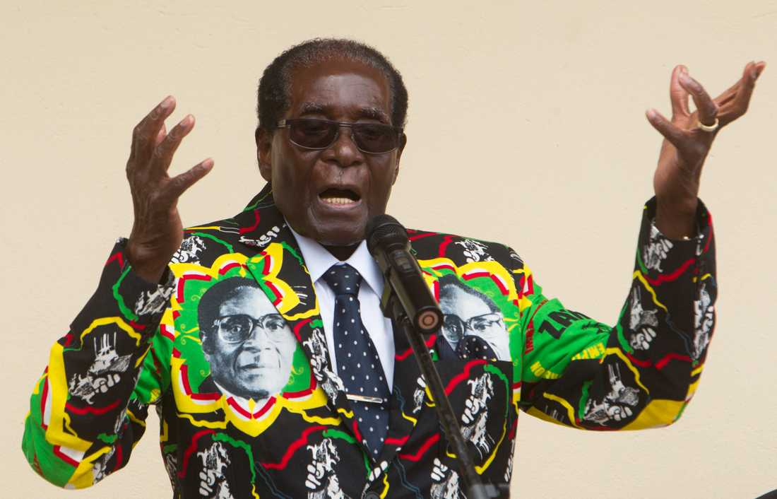 Robert Mugabe 2016, året innan han avgick från presidentposten.