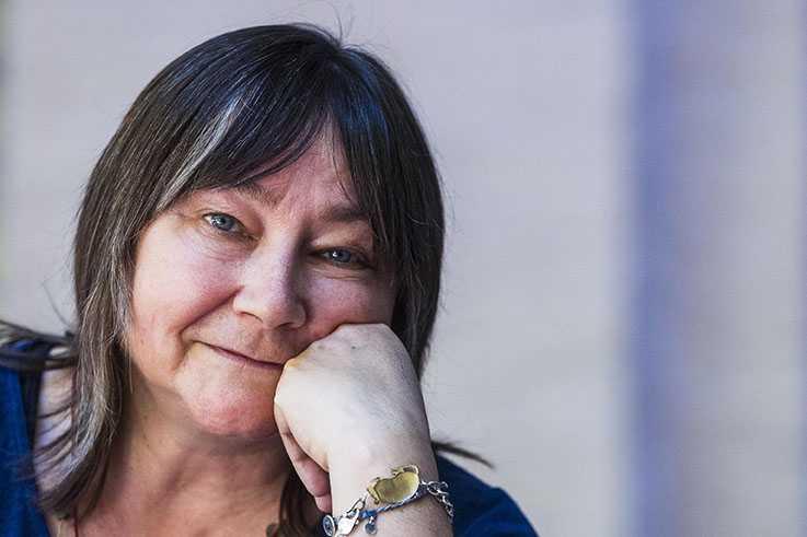 Ali Smith (född 1962), brittisk författare.