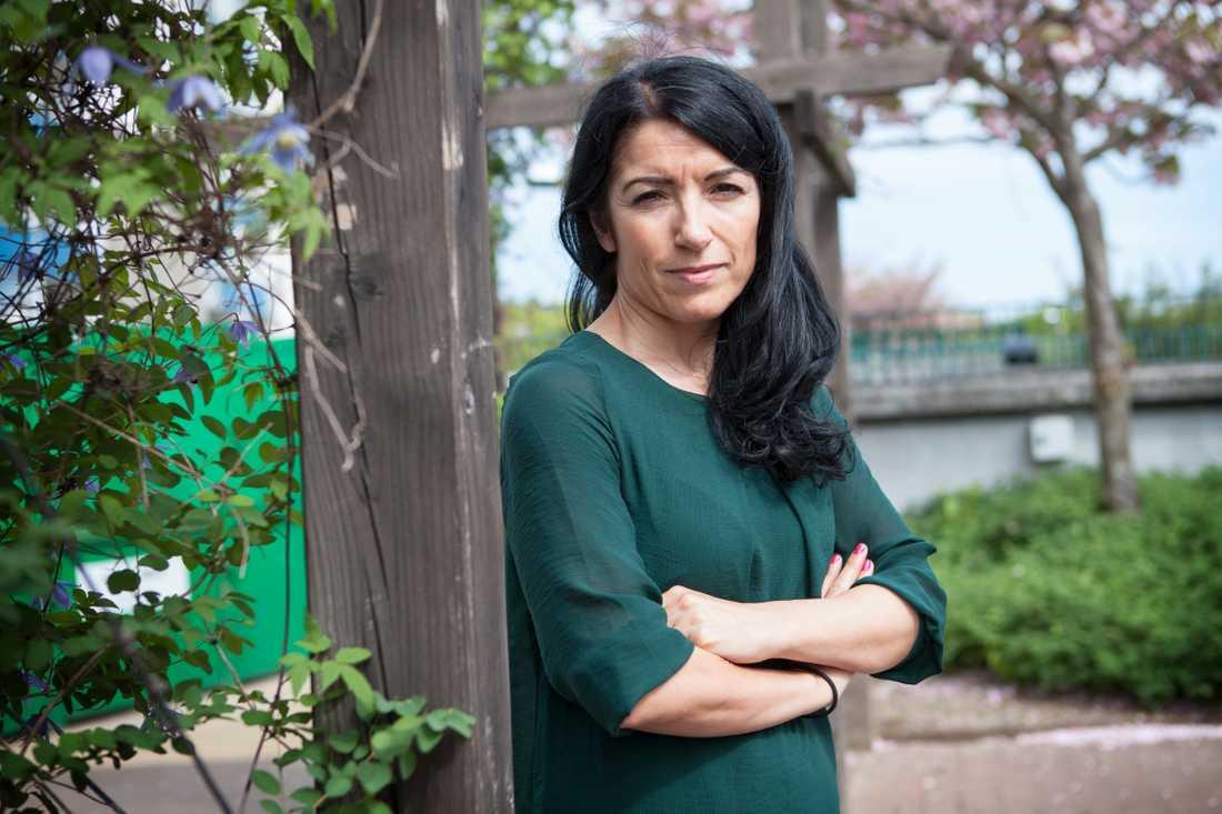 Amineh Kakabaveh, Vänsterpartiet.