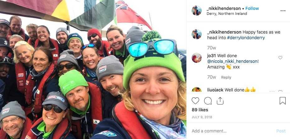 Nikki Henderson och hennes besättning på väg in till nordirländska Londonderry efter att ha korsat Atlanten på tolv dagar i juli 2018.