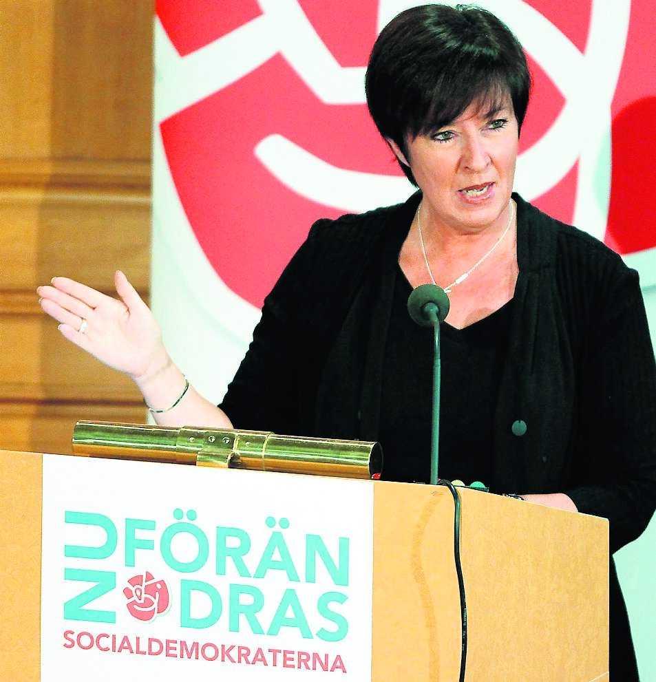 vägskäl Socialdemokraternas politik är sprungen ur gårdagens konflikter. S bör i stället berätta om ett samhälle vars svar på rädslan och inskränktheten heter jämlikhet.