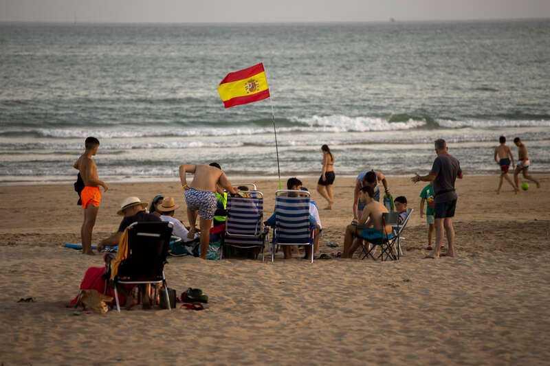 Spanien är ett av flera länder i Europa som återinför restriktioner.