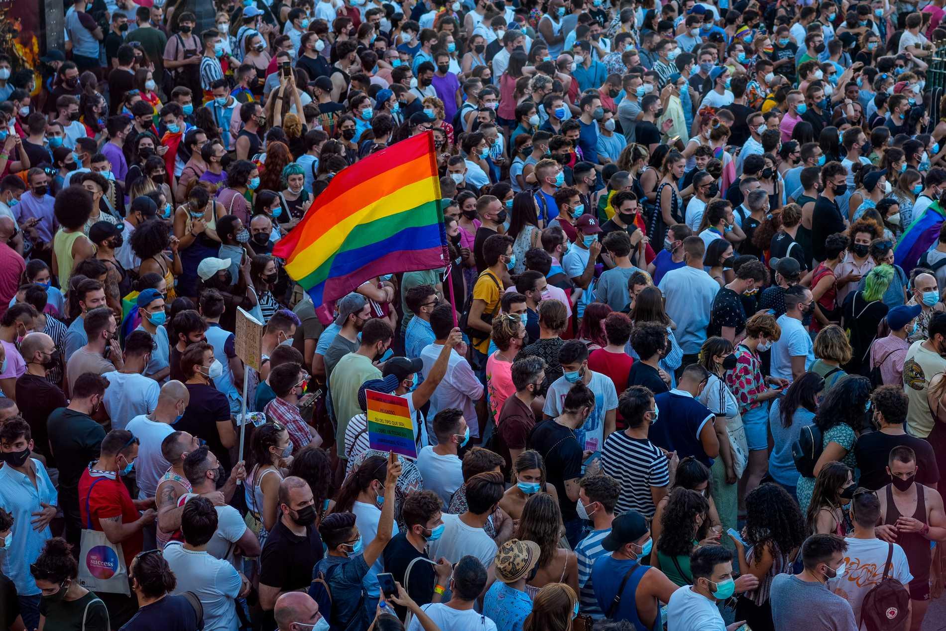 Stora demonstrationer anordnades på måndagen efter dödsmisshandeln. Bilden är tagen i Madrid.
