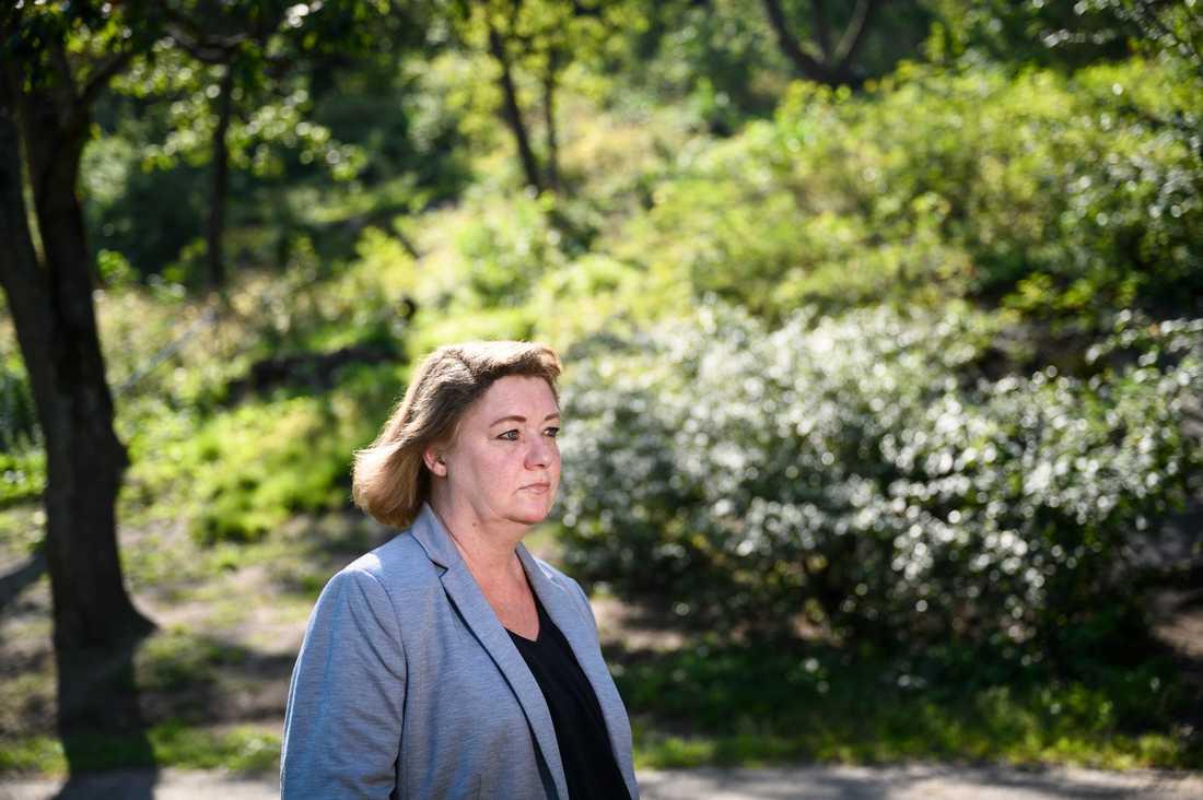 """""""Det här året har varit en bergochdalbana. Utan tvekan har det varit det jobbigaste året i mitt liv, men jag har också fått otroligt mycket stöd"""", säger Katarina Söderberg om året som gått sedan hennes sons död."""