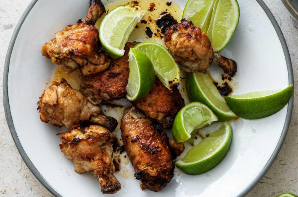 Kycklingvingar med kokos och curry