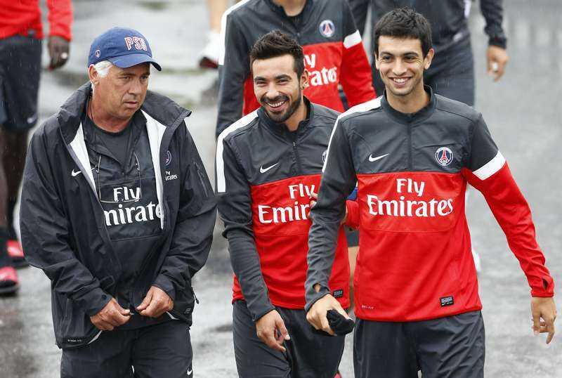 Ancelotti med Lavezzi och Pastore.