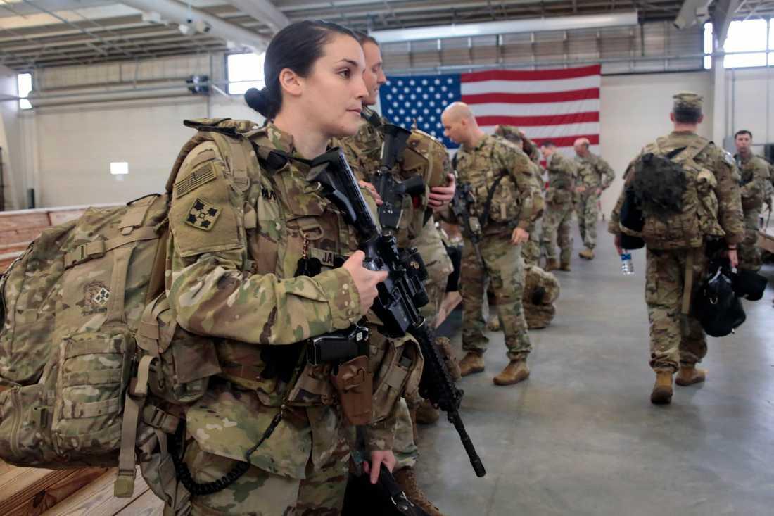 Det står nu klart att den USA-ledda koalitionen som stridit mot IS drar sig tillbaka.
