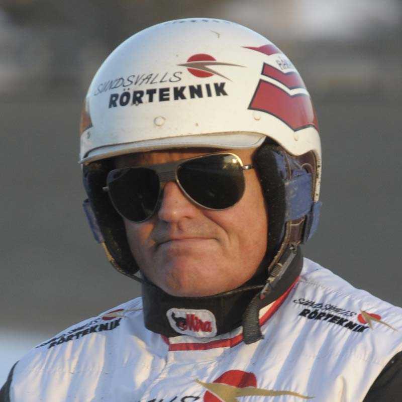 Håkan Skoglund tog sin första tränarseger sedan vistelsen i Italien.