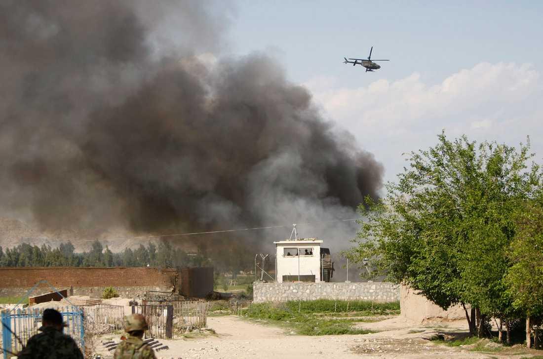 Flera delar av Afghanistan drabbades av attacker på söndagen. Här jalalabad.