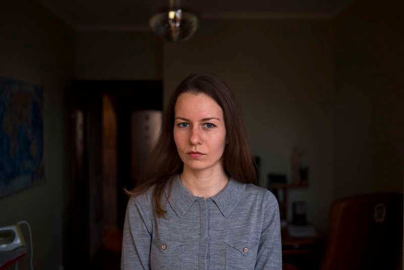 Nastia Maksimova har fått nog och tänker lämna Krim för gott. Men hon känner sig inte välkommen i Ukraina längre.