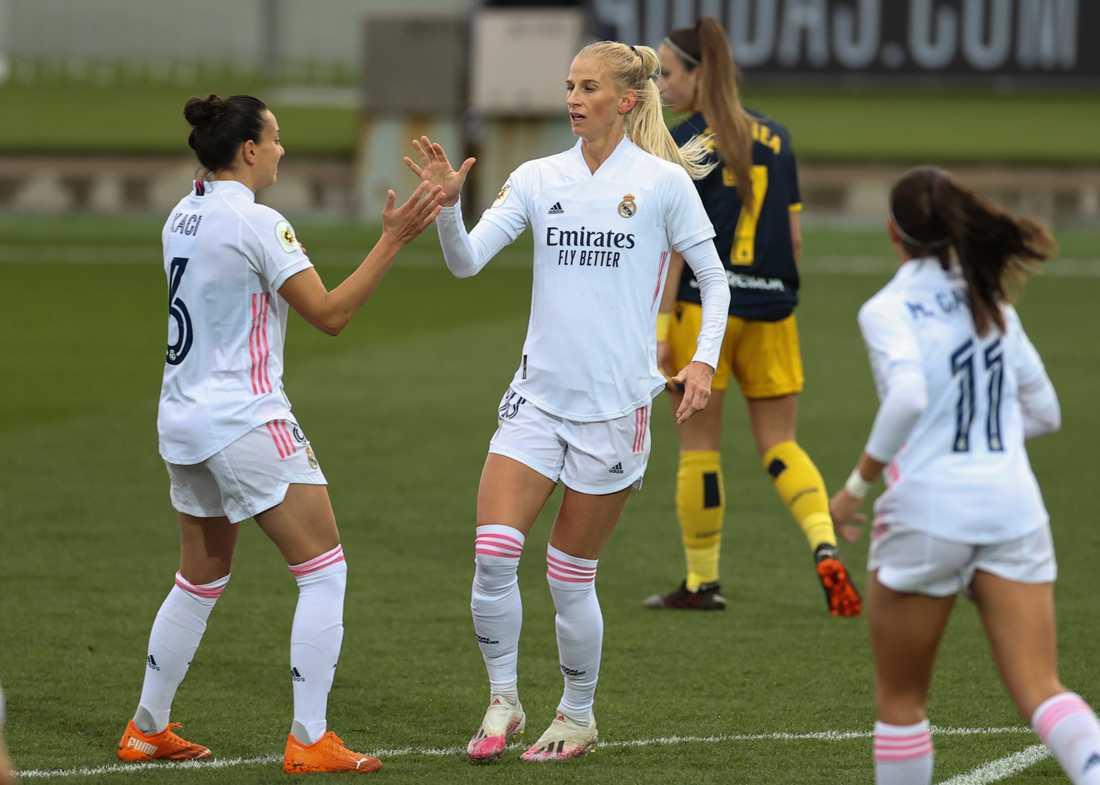 Sofia Jakobsson i Real Madrid-tröjan.