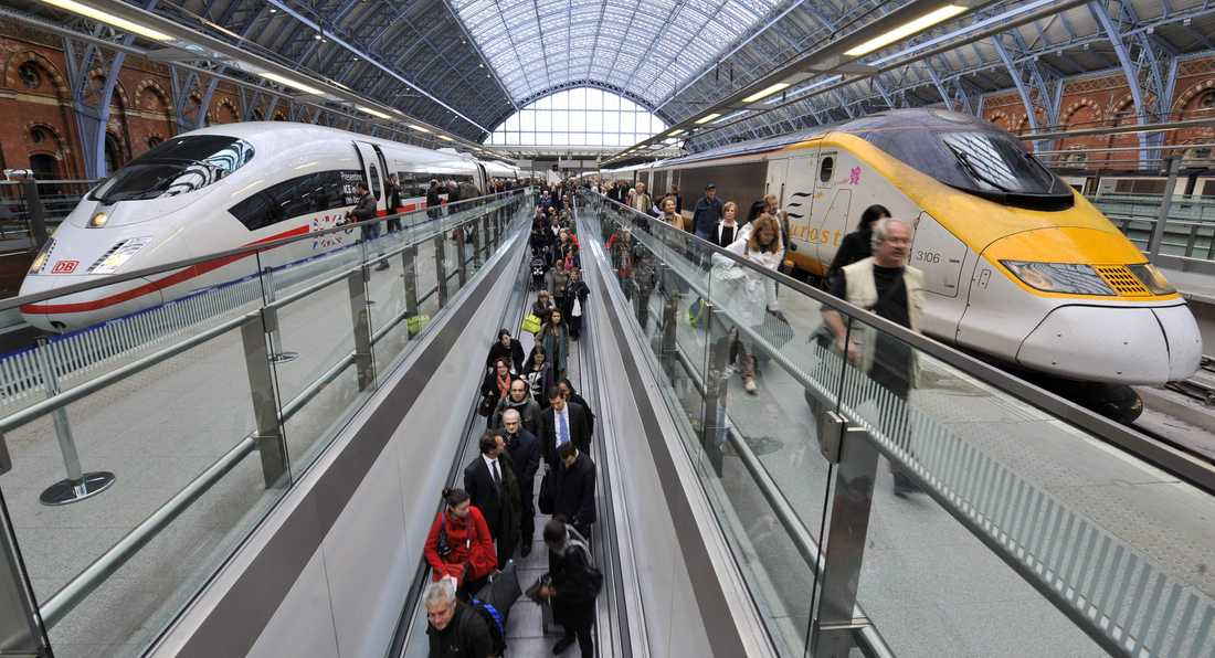 Tåg vid plattformen i Londonstationen St Pancras. Arkivbild.