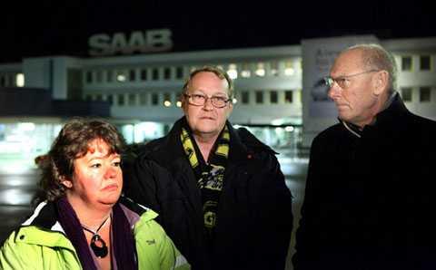Koeniggsegg drar sig ur Saab-affären Anette Hellgren, klubbordförande för Unionen, Paul Åkerlund, ordförande för IF Metalls verkstadsklubb och kommunalrådet Gert-Inge Andersson (S) är besvikna och bestörta.
