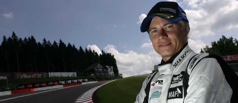 Ser framåt Sebastian Hohenthal har haft en tuff säsong, men han ser framåt. Nästa år ska han vara i toppen i Formel 2, säger han. FOTO: JAKOBEBREY.COM