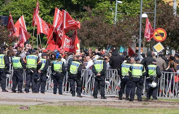 Demonstrationer En stor polisinsats finns på plats i Göteborg i dag.