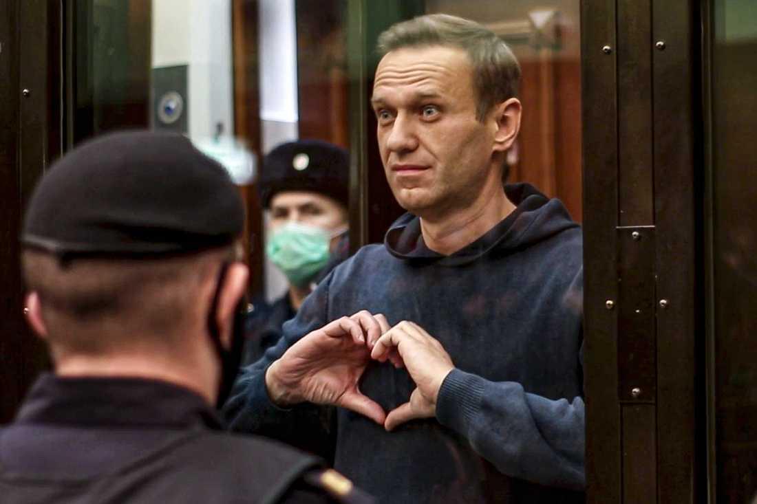Den ryske oppositionsledaren Aleksej Navalnyj har två och ett halvt år kvar att avtjäna på ett straff, enligt en rysk domstol. Arkivbild.