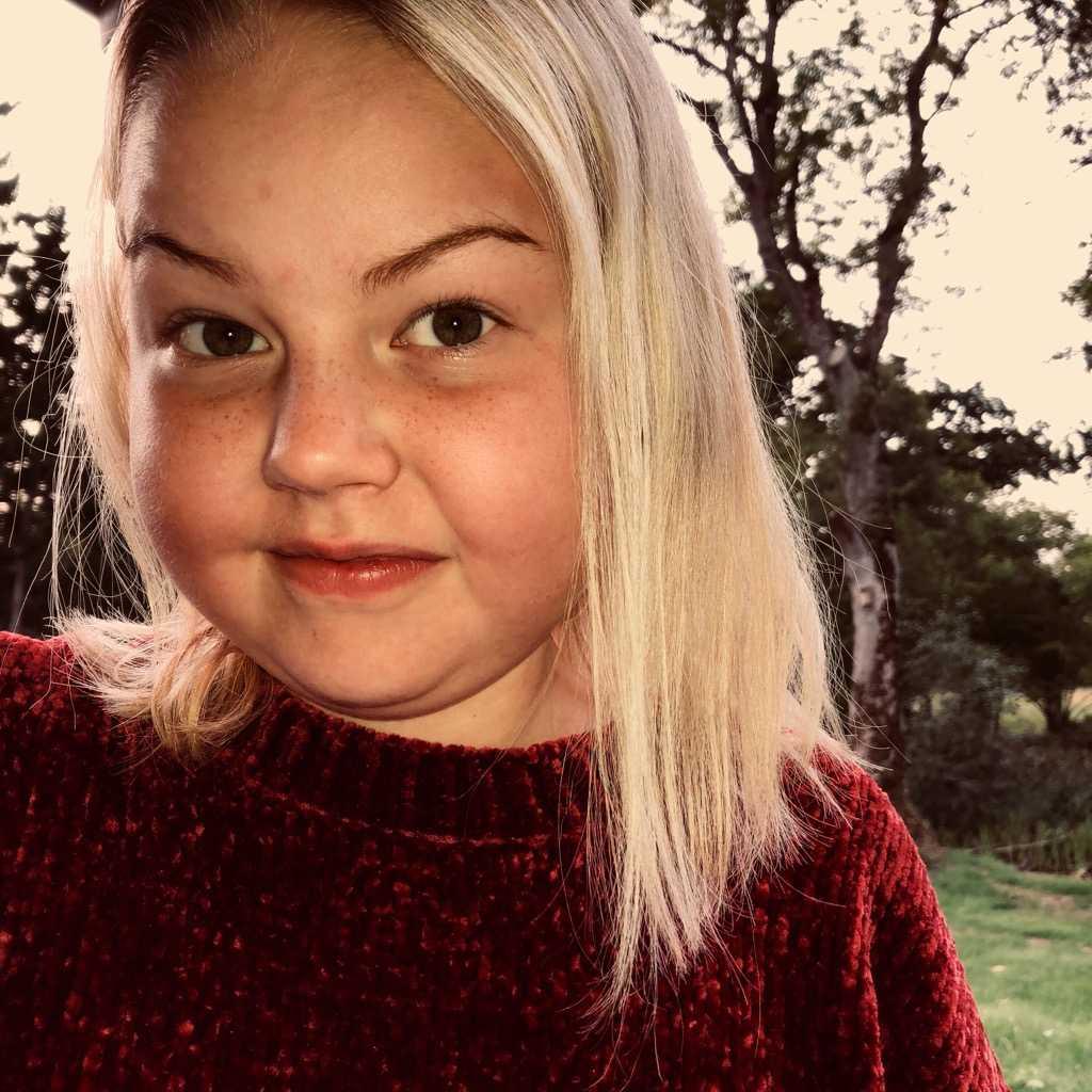 Under tio veckor tappade 11-åriga Inez tio kilo, och blev blek och svag.