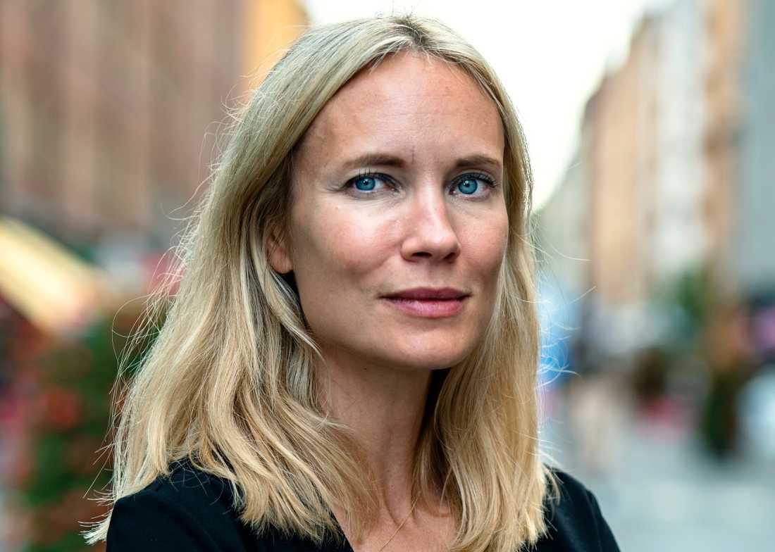 "Moa Gammel Ginsburg romandebuterar med boken ""Gertrud""."