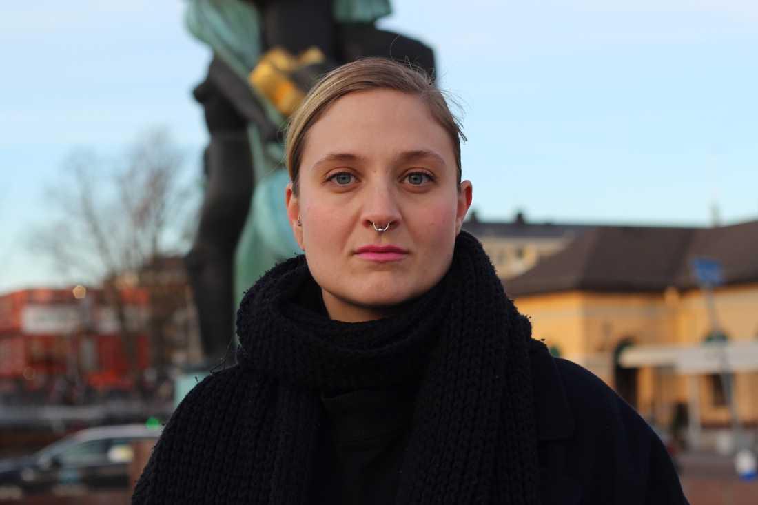 Amanda Birging är kommunikatör vid Uppsala kvinnojour.
