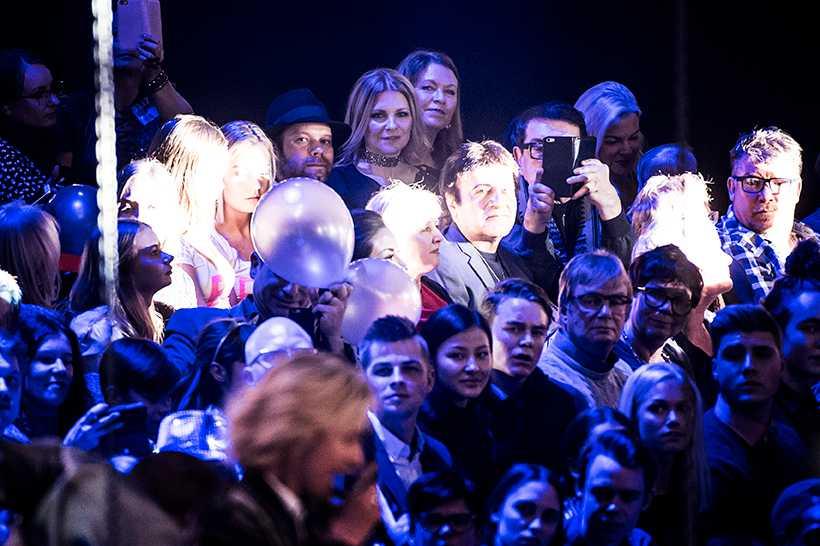 Flickvännen Cecilia satt i publiken när Oscar Enestad och FO&O tävlade i Melodifestivalen