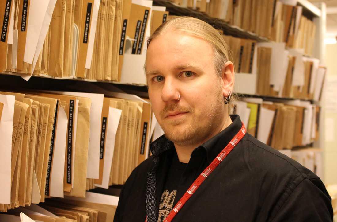 Forskningsarkivarie Tommy Kuusela samlar moderna spökhistorier.