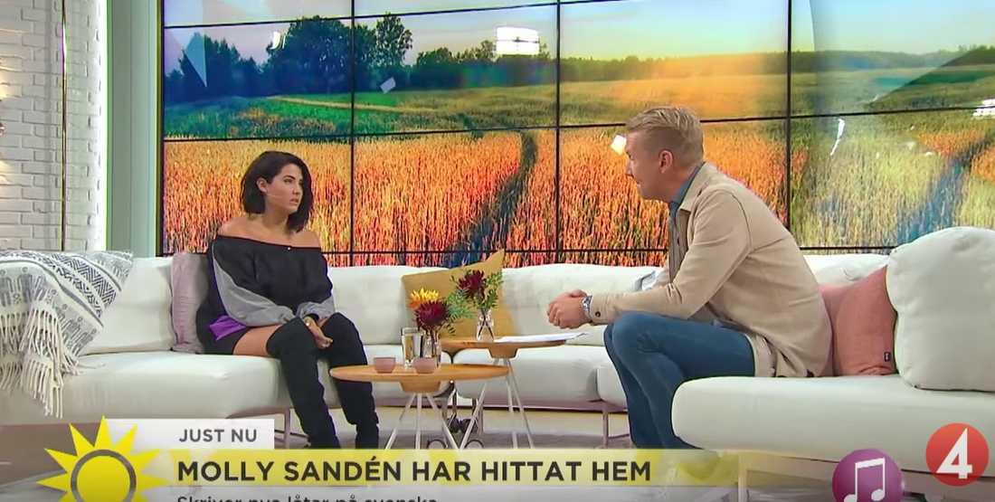 Molly Sandén och Jesper Börjesson i TV4:s Nyhetsmorgon.