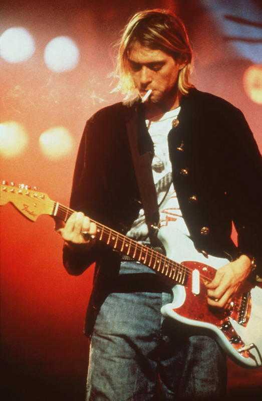 Nirvanas raketkarriär slutade i tragedi när Kurt Cobain tog sitt liv. Han blev 27 år gammal.