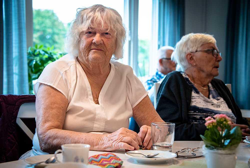 Harriet Eklöf, 83 år besökande på Mötesplats Tunet, en mötesplats för äldre.
