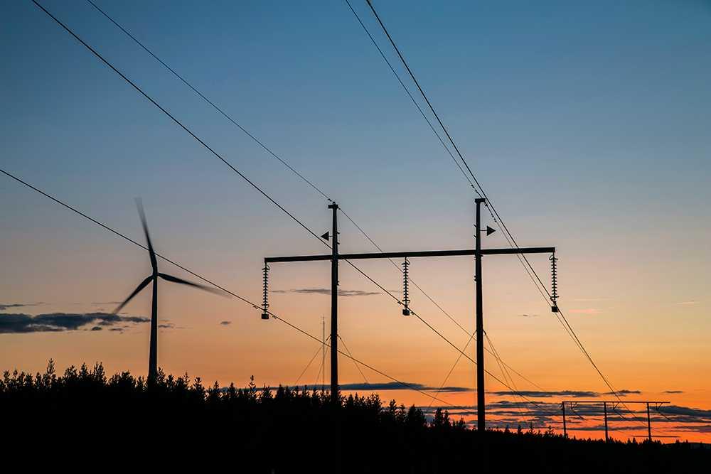En rad faktorer styr elpriserna.