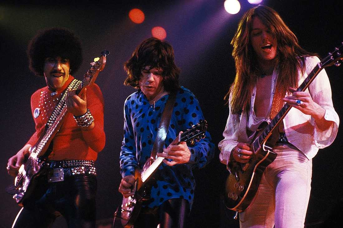 "GITARRIST I THIN LIZZY Phil Lynnot, Gary Moore och Scott Gorham i Thin Lizzy spelar på Johanneshovs Isstadion under ""The Black Rose Tour"" 1979."