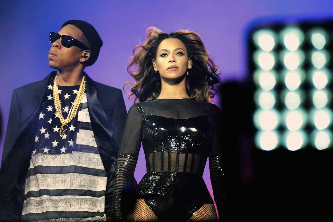 Jay-Z och Beyoncé har släppt sitt första album ihop.
