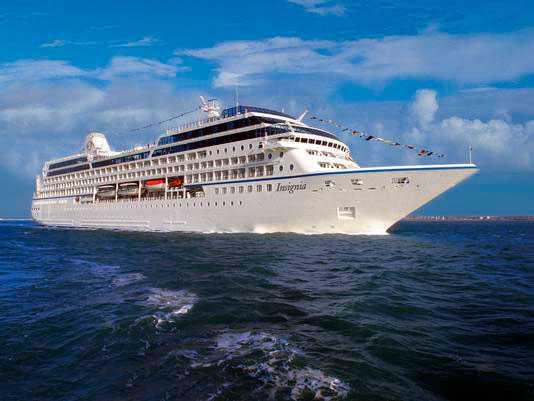 Fartyget Oceania Insignia är 181 meter långt och tar 684 resenärer.