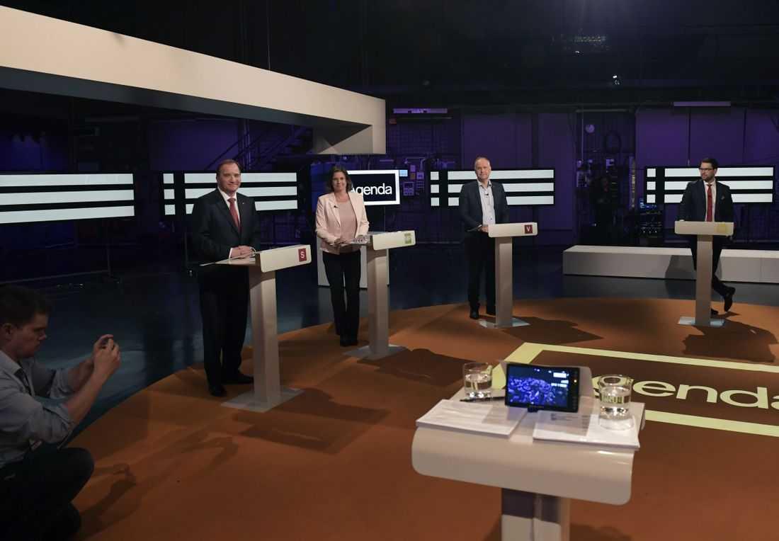 Partiledarna möttes i årets första tv-sända partiledardebatt i Agenda på söndagen.