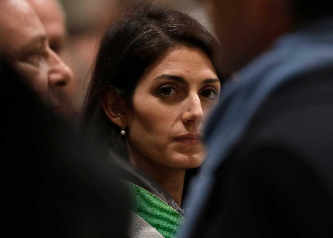 Roms borgmästare Virginia Raggi (M5S) menar att en lokal maffiagrupp planerat att mörda henne och hennes familj. Arkivbild.