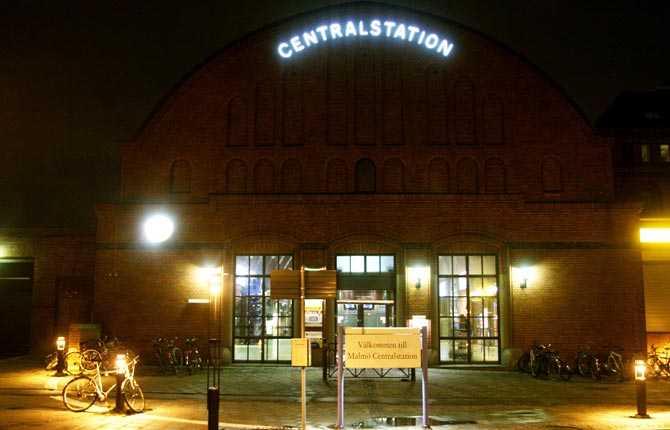 Drabbas om havsnivån stiger med två meter Centralstationen, Malmö.