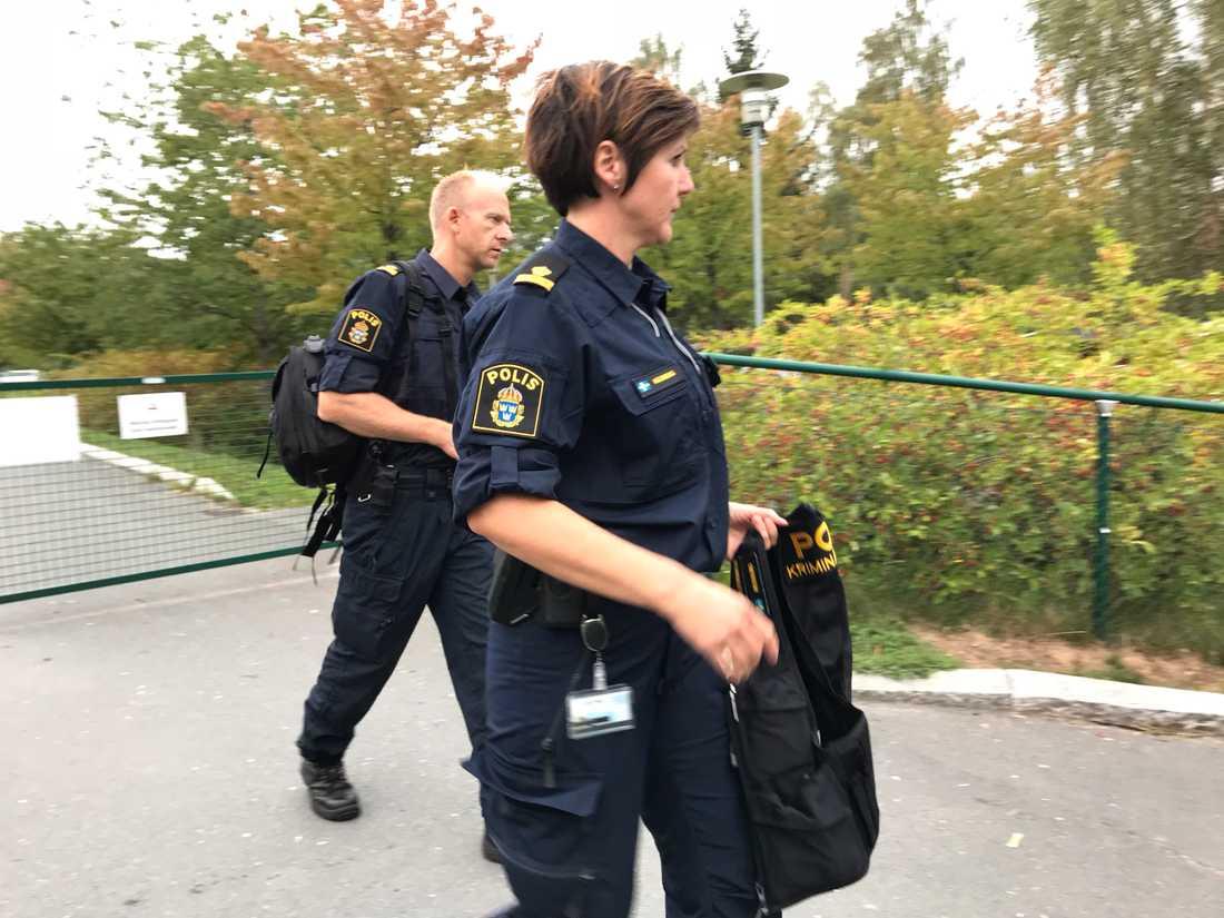 Två elever skadade efter knivskärning vid skola i Jönköping