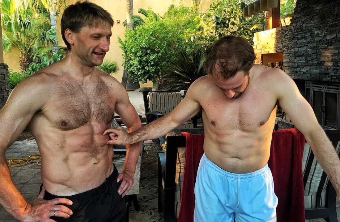 Work hard. Play hard. Robert och Nikolai kör stenhård fys på sommaren för att uppnå en ishockeykropp i perfektion.