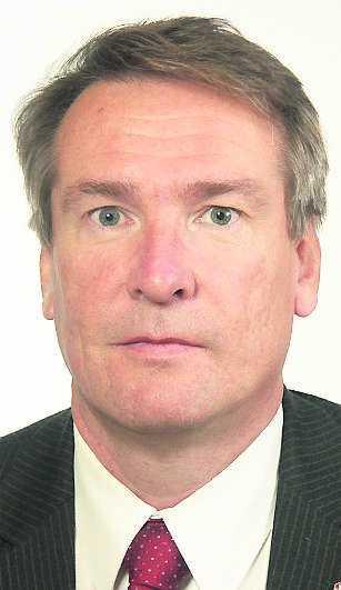 Raimo Pärssinen, distriktsordförande i Gävleborg, satte bollen i rullning i veckan då han tyckte att Sahlin bör lämna sin post.
