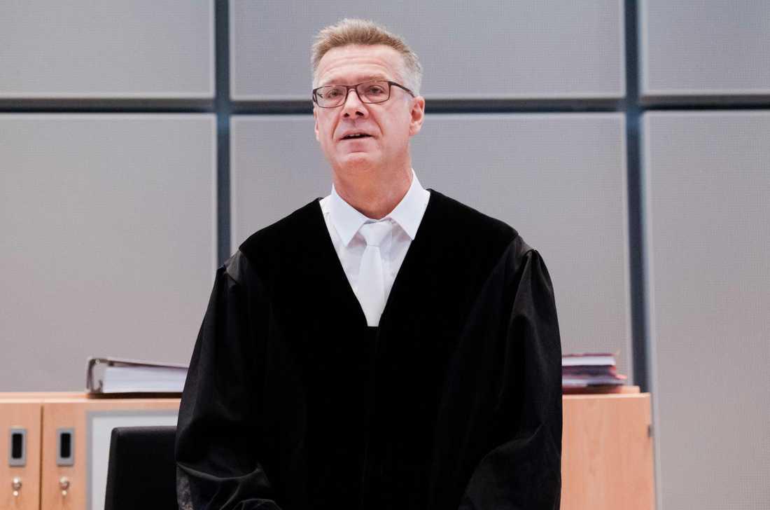 Sebastian Buehrmann, domare i fallet.
